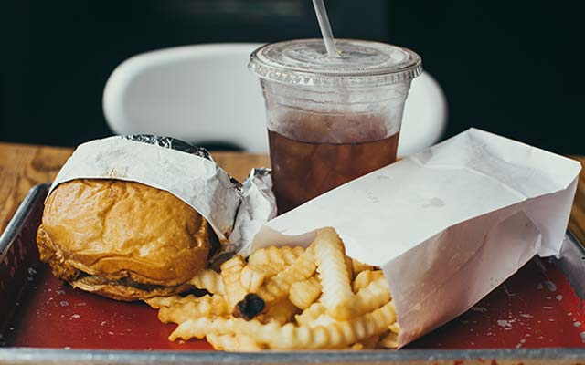 Teen depression may cause eating habits to change